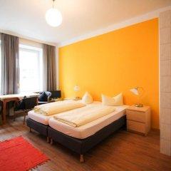 Отель Pension/Guesthouse am Hauptbahnhof Стандартный номер с двуспальной кроватью (общая ванная комната) фото 3