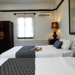 Отель Cafe de Laos Inn 3* Улучшенный номер с двуспальной кроватью фото 2