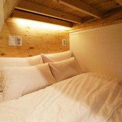 Отель STEP INN Myeongdong 1 3* Стандартный семейный номер с двухъярусной кроватью фото 6