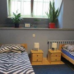 Hostel Universus i Apartament Стандартный номер с 2 отдельными кроватями фото 7