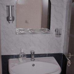 Мини-Отель 5 Rooms Номер категории Эконом с различными типами кроватей фото 7