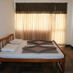 Отель Queens rest inn Номер Делюкс с двуспальной кроватью фото 7