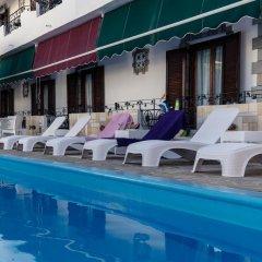 Отель Yianna Hotel Греция, Агистри - отзывы, цены и фото номеров - забронировать отель Yianna Hotel онлайн бассейн фото 2