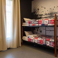 Hostel Racing Paradise Номер с общей ванной комнатой с различными типами кроватей (общая ванная комната) фото 4