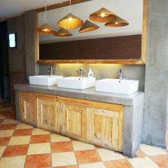 Chengdu Mix Hostel Poshpacker& Cocktail Bar Стандартный номер с различными типами кроватей фото 8
