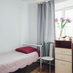 Гостиница Гостевой комплекс Нефтяник Стандартный номер с 2 отдельными кроватями (общая ванная комната) фото 3