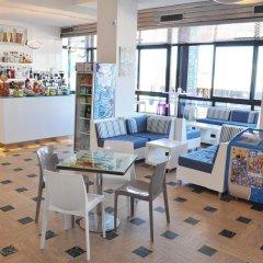 Hotel Adelphi гостиничный бар