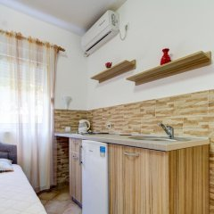 Апартаменты Apartments Rajovic Студия с различными типами кроватей фото 2
