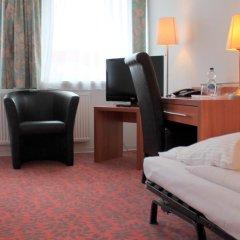 Отель Kaiser Германия, Берлин - отзывы, цены и фото номеров - забронировать отель Kaiser онлайн удобства в номере фото 2