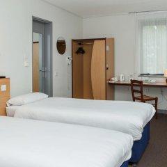 Hotel Campanile Dartford 2* Стандартный номер с различными типами кроватей фото 5