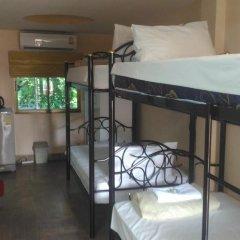 Отель Phratamnak Inn 2* Кровать в общем номере с двухъярусной кроватью фото 4