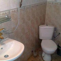Отель Nenkovi Guest House Болгария, Трявна - отзывы, цены и фото номеров - забронировать отель Nenkovi Guest House онлайн ванная