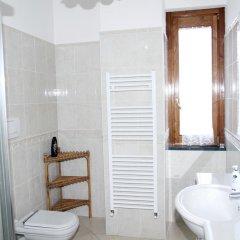 Отель Da Zia Adele Аджерола ванная