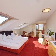Hotel Tirol Тироло комната для гостей фото 3