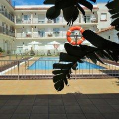 Отель Apartamentos Loto Conil Испания, Кониль-де-ла-Фронтера - отзывы, цены и фото номеров - забронировать отель Apartamentos Loto Conil онлайн бассейн фото 3