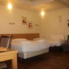 Отель Barry House 3* Стандартный семейный номер с различными типами кроватей фото 5