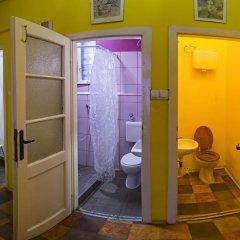 Santico Art Hostel And Guesthouse Стандартный семейный номер фото 10