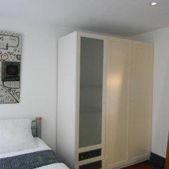 Отель AmsterdamStay City Center Nieuwmarkt комната для гостей фото 3