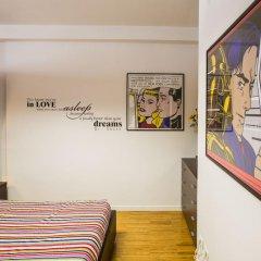 Отель Brightest Loft Stibbert Museum комната для гостей
