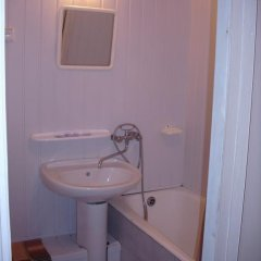 Отель Патриот Номер с общей ванной комнатой фото 16