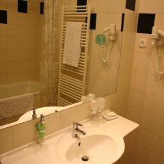 Ramada Airport Hotel Prague 4* Номер Бизнес с двуспальной кроватью