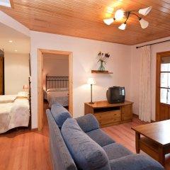 Отель Hostal Matazueras Стандартный семейный номер с двуспальной кроватью фото 2