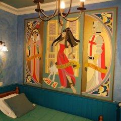 Hotel de Nesle Стандартный номер с 2 отдельными кроватями (общая ванная комната)