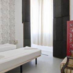 Lisbon Destination Hostel Стандартный номер с 2 отдельными кроватями (общая ванная комната) фото 3