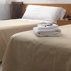 Отель Hostal Residencia Lido Стандартный номер с различными типами кроватей фото 9