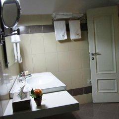 Отель Sokrat Албания, Тирана - отзывы, цены и фото номеров - забронировать отель Sokrat онлайн ванная фото 2