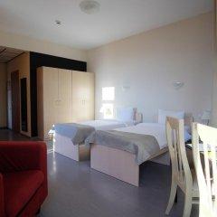 Райдерс Лодж (Riders Lodge Hotel) 2* Улучшенный номер с 2 отдельными кроватями фото 4