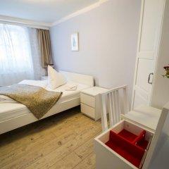 Отель Under The Charles Bridge 3bdr Loft Прага комната для гостей фото 2