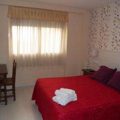 Отель Hostal San Roque комната для гостей фото 4