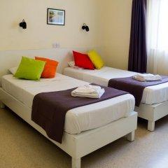 Отель Huli Hotel and Apartments Мальта, Каура - 2 отзыва об отеле, цены и фото номеров - забронировать отель Huli Hotel and Apartments онлайн комната для гостей фото 4