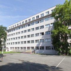 Hostel Sinkule Прага парковка