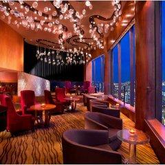 Отель Fairmont Singapore Сингапур гостиничный бар
