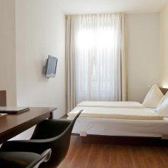 Отель Goldener Schlüssel 3* Стандартный номер с двуспальной кроватью фото 11