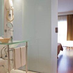 Отель Eurohotel Barcelona Gran Via Fira 4* Улучшенный номер с различными типами кроватей фото 3