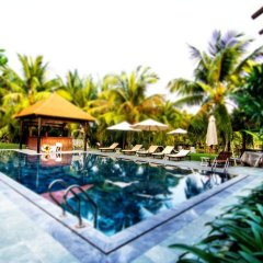 Отель Riverside Bamboo Resort Хойан бассейн фото 2