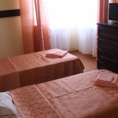 Гостиница Guest House Orekhovaya Roscha в Анапе отзывы, цены и фото номеров - забронировать гостиницу Guest House Orekhovaya Roscha онлайн Анапа удобства в номере фото 2
