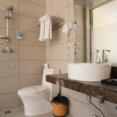 Отель Guangdong Oversea Chinese Hotel Китай, Гуанчжоу - отзывы, цены и фото номеров - забронировать отель Guangdong Oversea Chinese Hotel онлайн ванная