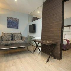 Отель Sukhumvit Suites 3* Люкс с различными типами кроватей фото 3