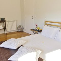 Отель YOURS GuestHouse Porto 4* Стандартный номер с двуспальной кроватью (общая ванная комната) фото 5