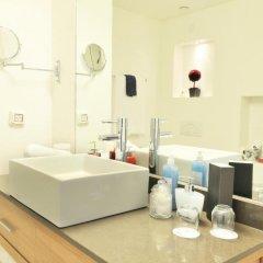 Отель West All Suite Boutique Tel Aviv ванная фото 2