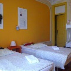 Refuge in Santa Marta Hostel Стандартный семейный номер с двуспальной кроватью (общая ванная комната) фото 4