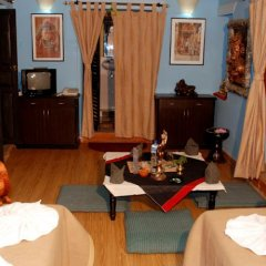 Отель Kathmandu Bed & Breakfast Inn Непал, Катманду - отзывы, цены и фото номеров - забронировать отель Kathmandu Bed & Breakfast Inn онлайн питание фото 2