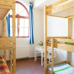 Subraum Hostel Кровать в общем номере с двухъярусной кроватью фото 2