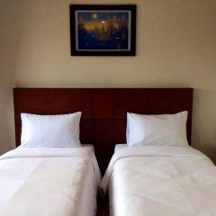 Отель The Topaz Residence 3* Улучшенный номер 2 отдельные кровати