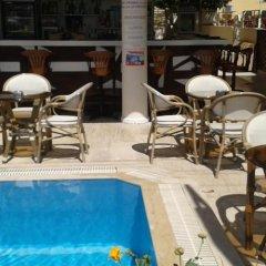 Defne & Zevkim Hotel бассейн фото 3