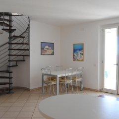 Отель Zeus Apartments Италия, Порто Реканати - отзывы, цены и фото номеров - забронировать отель Zeus Apartments онлайн комната для гостей фото 2
